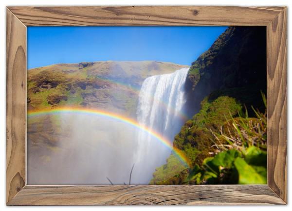 Der Skógafoss mit Regenbogen