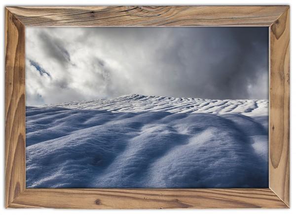 Schnee & Sturm im Altholzrahmen