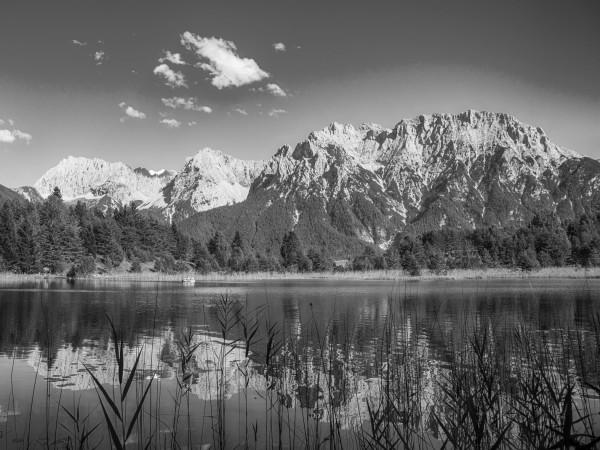 Luttensee mit Blick auf das Karwendel